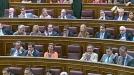 Andrea Fabra yells 'fuck them all' in parliament