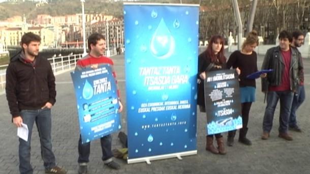 Presentación de la manifestación, en Bilbao. EITB.