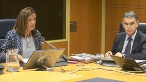 La consejera de Empleo, Beatriz Artolazabal, en el Parlamento Vasco. Foto de archivo: EFE