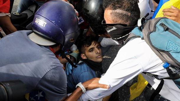 Venezuelako manifestazio bateko artxiboko irudi bat. Argazkia: EFE