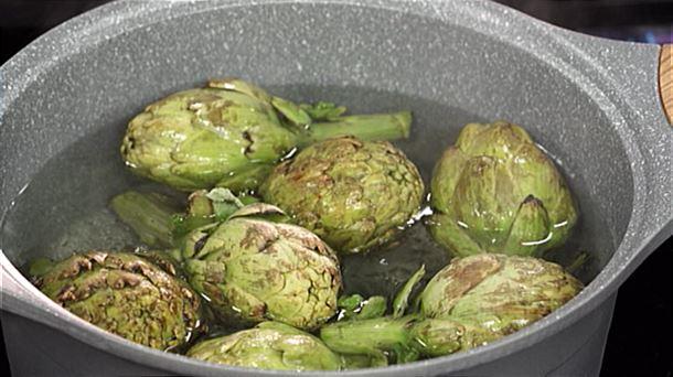 v deo c mo cocinar y limpiar alcachofas frescas en poco